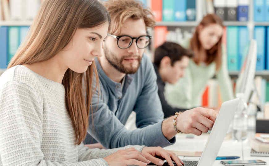 escribir contenidos para pagar estudios universitarios