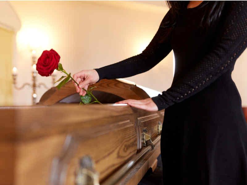 industria funeraria