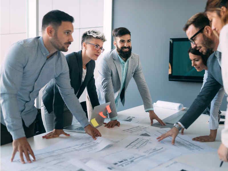 Contratar expertos en cobro es lo adecuado para pequeñas empresas
