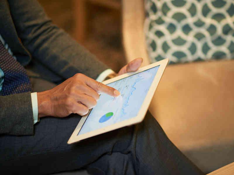 Mejores tecnologías basadas en aplicaciones para jóvenes inversionistas
