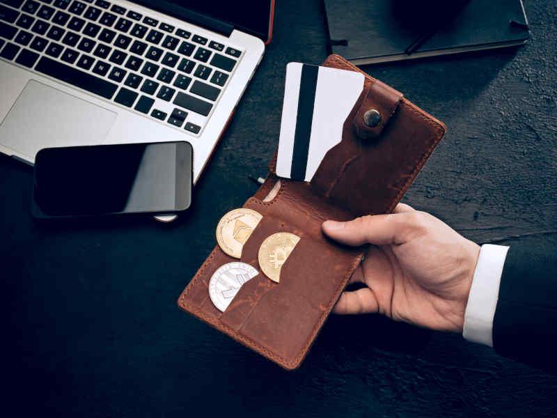 reduce la deuda de tu tarjeta, aligerando la carga financiera