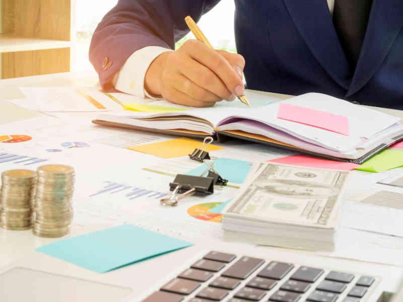 Escribe tu preparación financiera fácil, aprende como hacerlo