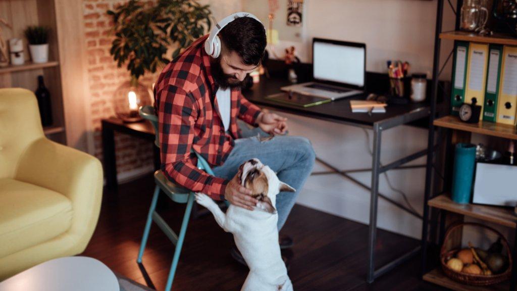 Por que las politicas estrictas de trabajo desde el hogar