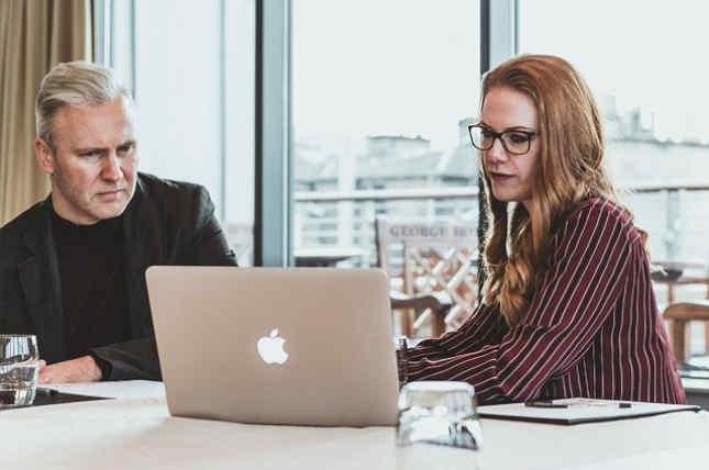Dentro de la gestión de finanzas personales, puede acudir a un asesor pero su voluntad es lo principal