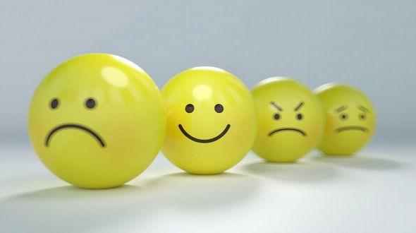 Como mantener una actitud positiva con la negatividad que aparentemente