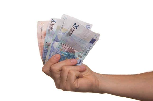 Afianzar una deuda billetes